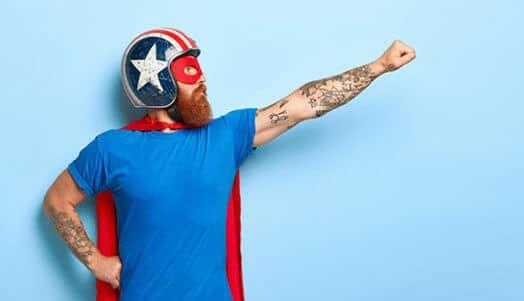 Superheld mit Superkräften durch Digitalisierung